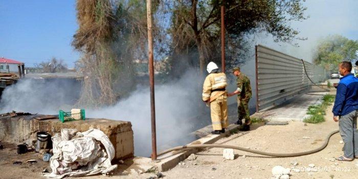 В 3Б микрорайоне Актау горела теплотрасса