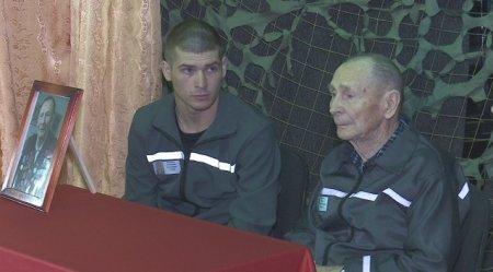 Слёзы ветерана. 93-летнего осужденного за убийство поздравили в костанайской колонии