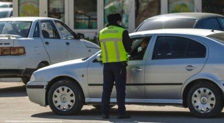 Казахстанцев предложили арестовывать за езду без прав