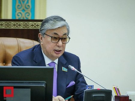 Касым-Жомарт Токаев поздравил казахстанцев с началом месяца Рамазан