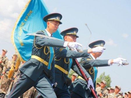7 мая Казахстан отмечает День защитника Отечества