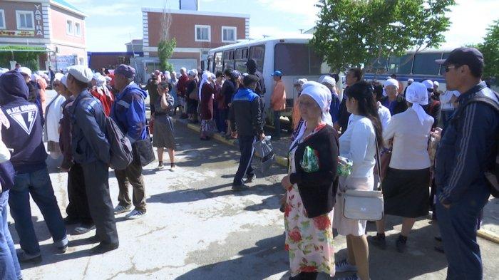 В Актау 400 сотрудников «Кала Жолдары» отказались выходить на работу