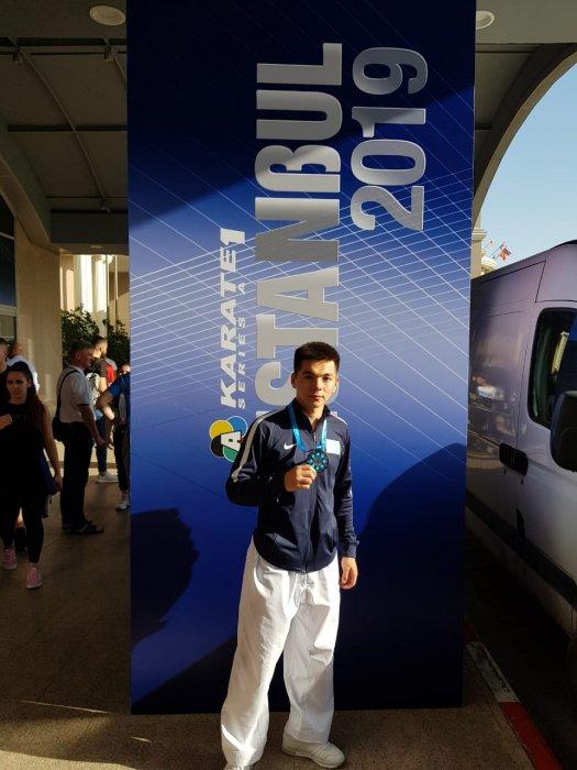 Еркинбек Байтореев из Актау завоевал серебряную медаль на международном турнире в Стамбуле