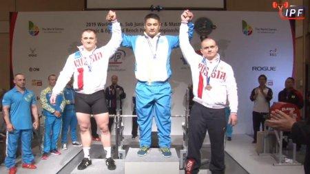 Спортсмен из Актау второй раз стал абсолютным чемпионом мира по жиму лежа