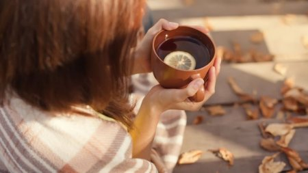 Ученые рассказали о смертельной опасности чая с солодкой