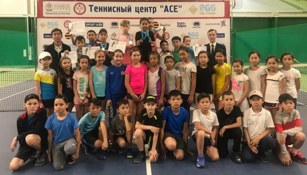 Юный теннисист из Актау взял бронзу на «Aktobe Masters 10 & Under»