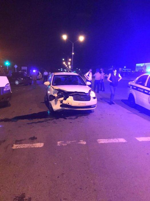 Ночью в Актау произошло массовое ДТП