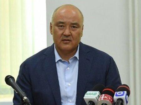 Умирзак Шукеев на месяц переедет жить в Арысь