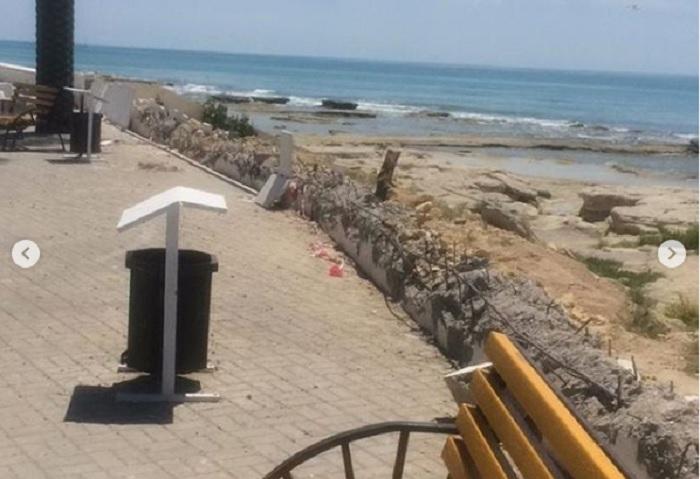 Акимат Актау: На набережной ведутся работы по восстановлению и укреплению разрушенных перил