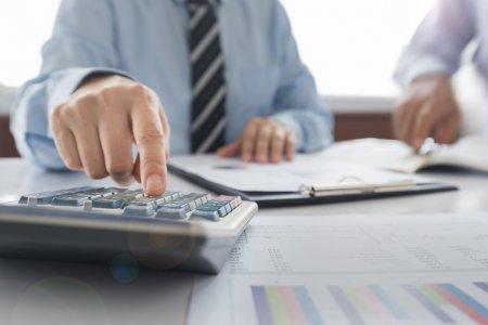 Когда спишут кредиты и пени многодетным семьям в Казахстане