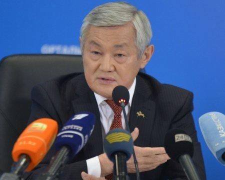 Сапарбаев: Пособия получали люди, имеющие трехэтажные коттеджи