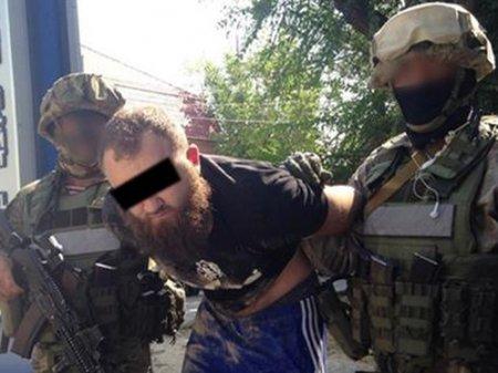 """Спецоперация в Казахстане: изъято восемь автоматов """"Калашникова"""", два пистолета"""