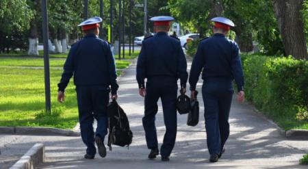 За полицейскими и судьями будут следить специальные люди
