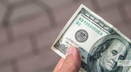 Курс доллара растет на бирже