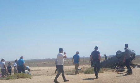 На автодороге вблизи села Акшукур перевернулся автомобиль