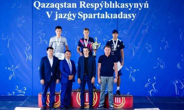 Актауский теннисист «взял» серебро на спартакиаде в столице
