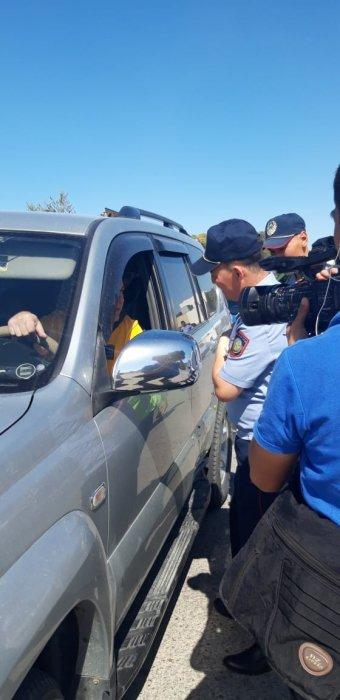 Департамент полиции: Водители Актау стали уступать дорогу спецтранспорту