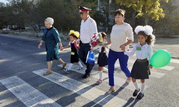Пешеходные переходы обновили в Актау