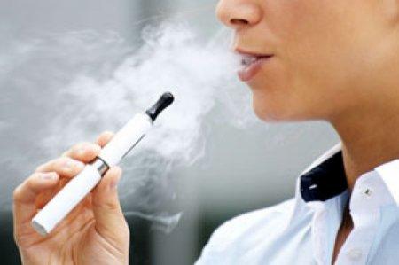 За курение электронной сигареты алматинку сняли с авиарейса