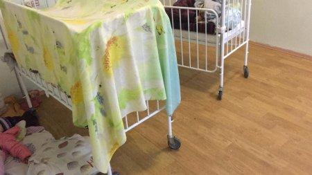 Прием ведётся в коридоре на полу: Жительница Алматы пожаловалась на состояние Мангистауской детской инфекционной больницы