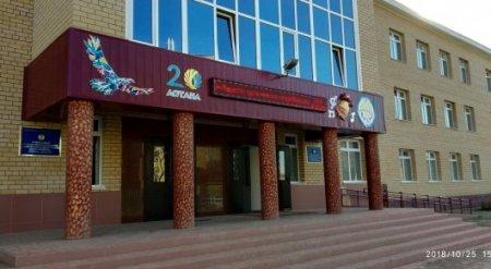 Казахстанка выложила эмоциональный пост о поборах в школе
