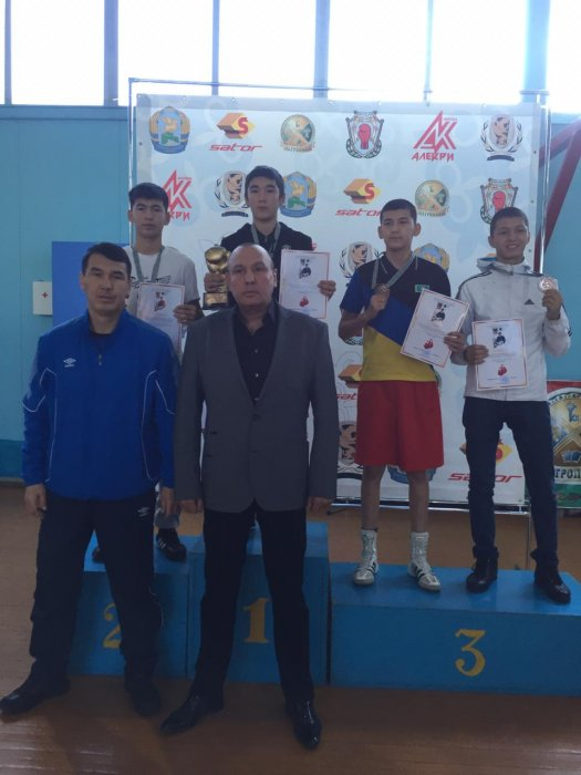 Мангистауские боксёры завоевали шесть медалей на турнире в Петропавловске