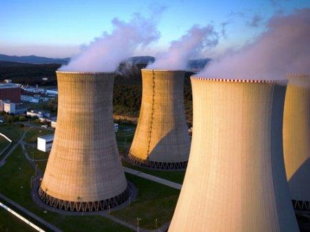 Возможное строительство АЭС в Казахстане прокомментировал Токаев