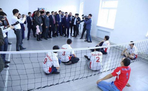 Бердибек Сапарбаев посетил Жанаозен