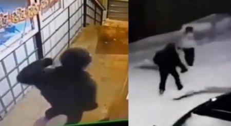 Нападение на продавщицу попало на камеру в Усть-Каменогорске