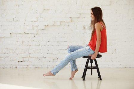 ООН просит землян не покупать новые джинсы, не доносив старые