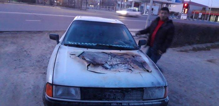 В Актау горел автомобиль