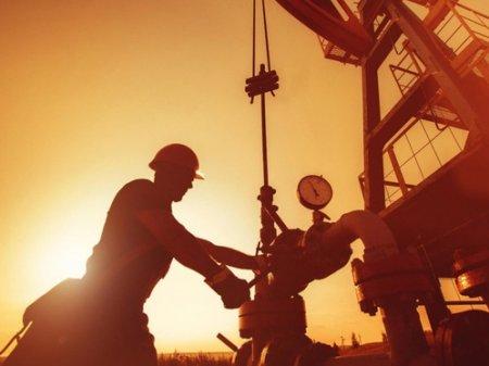 Отказаться от иностранных рабочих решили на нефтегазовых месторождениях ЗКО