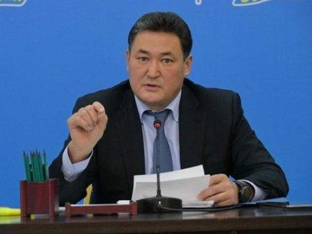 Булат Бакауов оказывал давление на налоговиков - прокурор