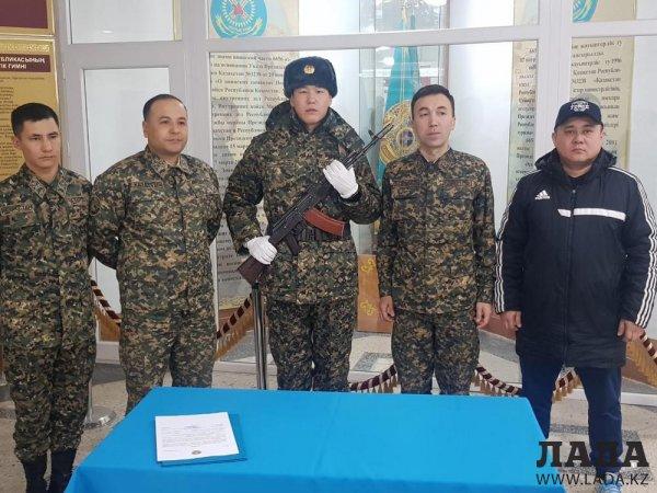 Бекзад Нурдаулетов принял присягу в Актау