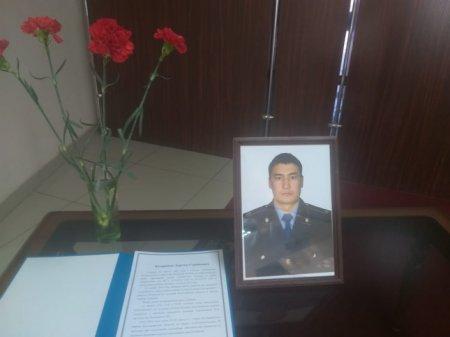 Семейный дебошир зарезал приехавшего на вызов полицейского в Тобыле