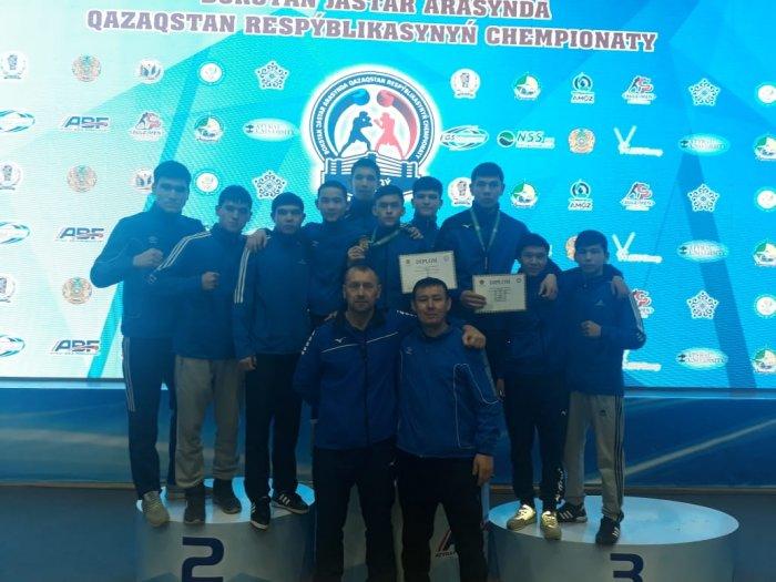 Боксёр из Мангистау Жарас Комшабаев стал чемпионом Казахстана среди  молодёжи