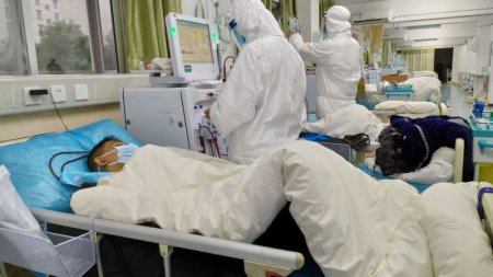 Люди продолжают умирать десятками от китайского коронавируса