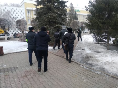Журналиста «УН» задержали во время съемки пикета