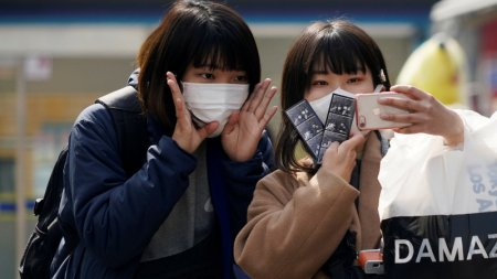 Казахстан введет карантин для прилетающих из Южной Кореи, Италии и Ирана