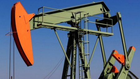 Провал на переговорах ОПЕК+ обвалил цены на нефть