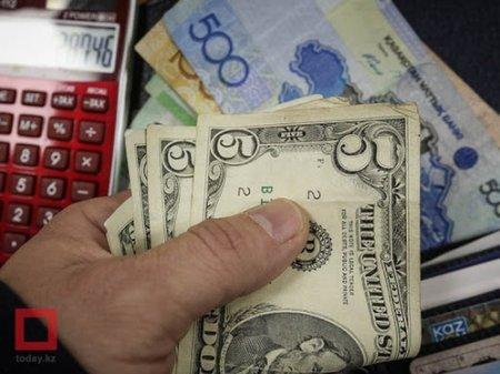 Доллар снова подорожал на бирже