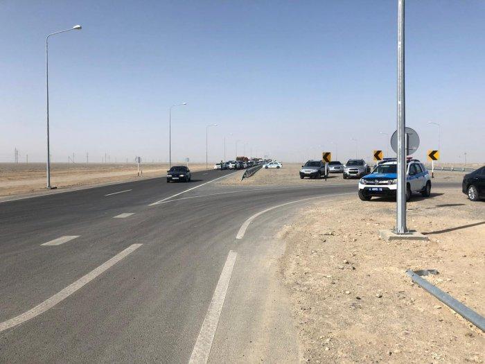 На трассах Актау-Жанаозен и Жанаозен-Кендирли-Туркменистан установлены блокпосты
