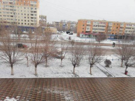Снег выпал в нескольких областях Казахстана