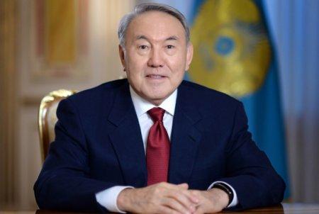 Елбасы поздравил казахстанцев с 1 Мая