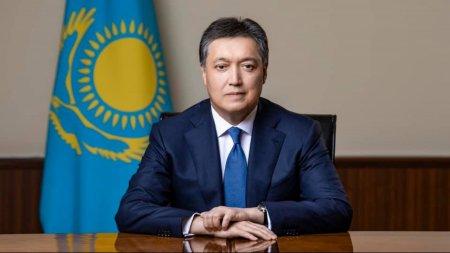 Вертолет с премьер-министром Казахстана совершил аварийную посадку в Жамбылской области