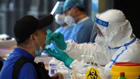 Число заболевших коронавирусом казахстанцев превысило 15 тысяч