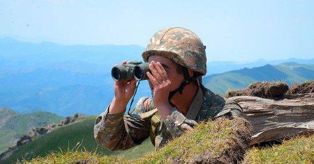 Армения и Азербайджан: Почему бои вспыхнули вновь?