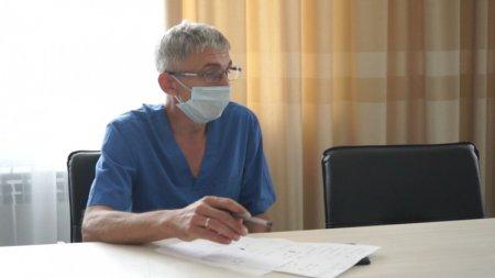 «Едят антибиотики» - врач объяснил рост числа тяжёлых больных