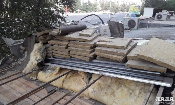 Акимат прекратил работы по ремонту кафе в 7 микрорайоне в Актау