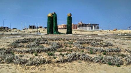 Одноразовая красота в Актау! Тайный спонсор «Цветочного водопада» больше не финансирует содержание объекта